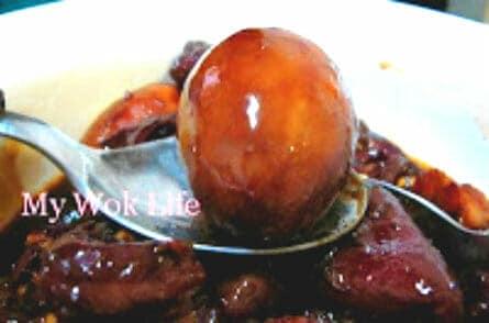 Braised Pork Knuckle with egg