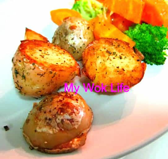 Sauteed potato with herbs