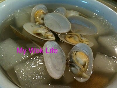 Clams and winter melon soup
