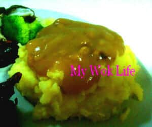 Mashed potato and mushroom gravy
