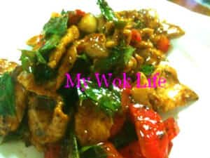 Stir fried pork with curry leaves
