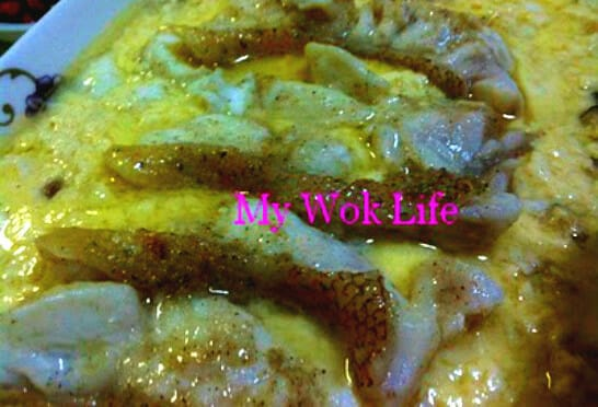 'Safe-for-All' Steamed Fish Fillet in Egg Paste (老少平安蒸鱼)
