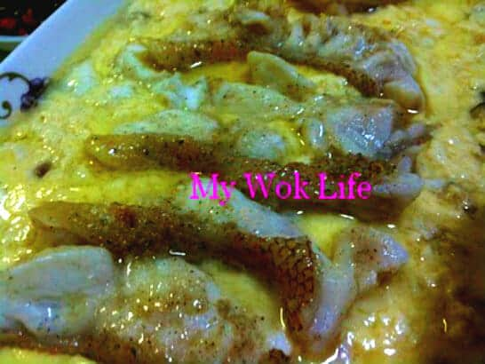 Sliced fish in Steamed egg