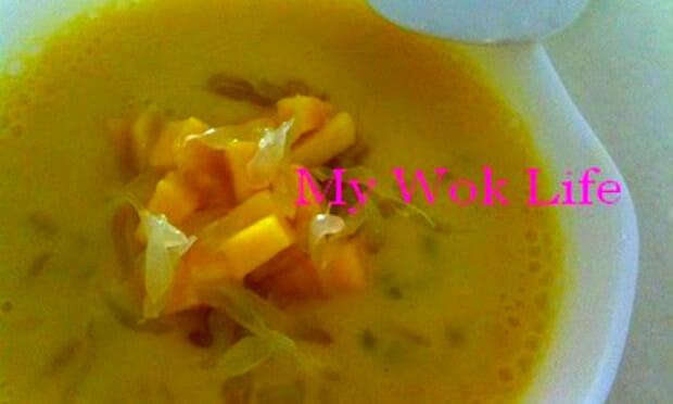 Chilled Mango Sago & Pomelo Dessert (杨枝甘露)