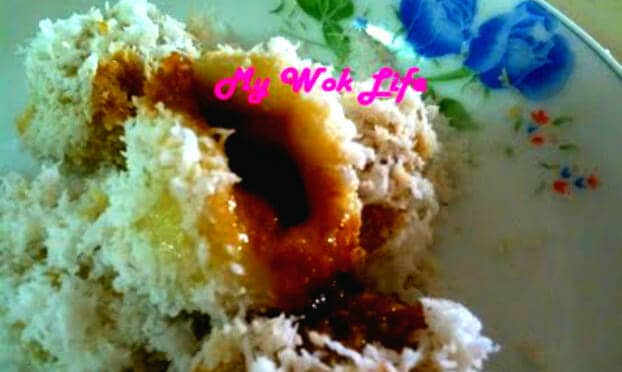 Ondeh-ondeh Recipe (Sweet Potato Glutinous Rice Flour Balls with Malacca Palm Sugar Filling)