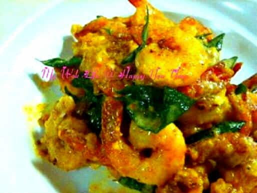 Salted egg yolk prawns