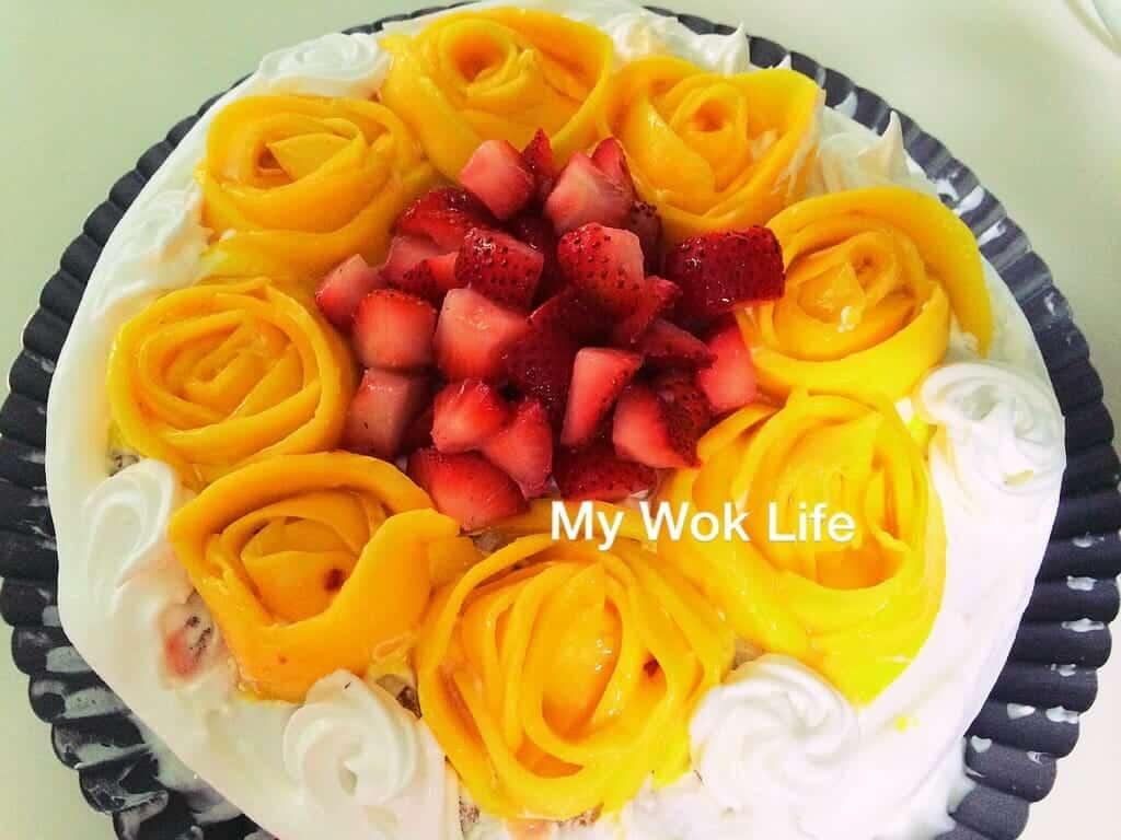 Mango Strawberry Sponge Cake