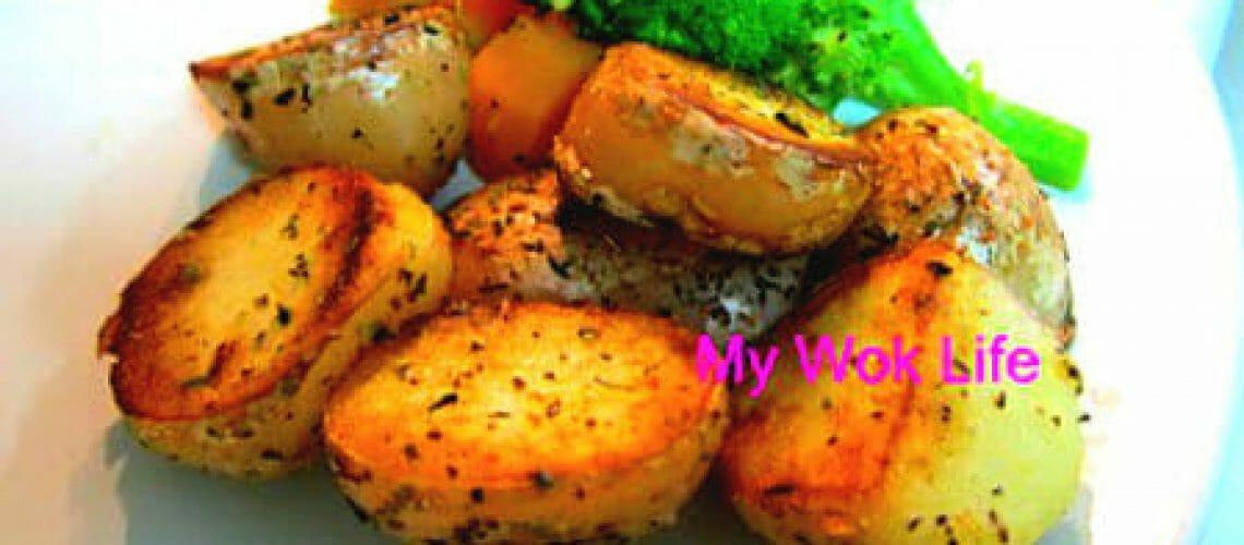 Sauteed potatoes with herbs