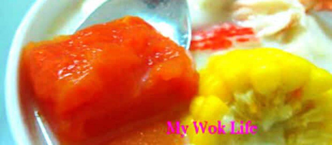 papaya soup with hor fun noodle